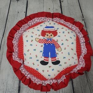 VINTAGE RAGGEDY ANN ANDY ROUND PILLOW